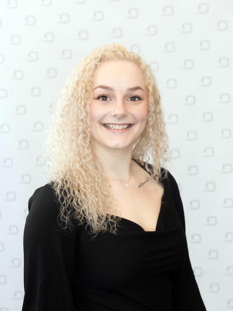 Julia Marie Paschke-Brühl